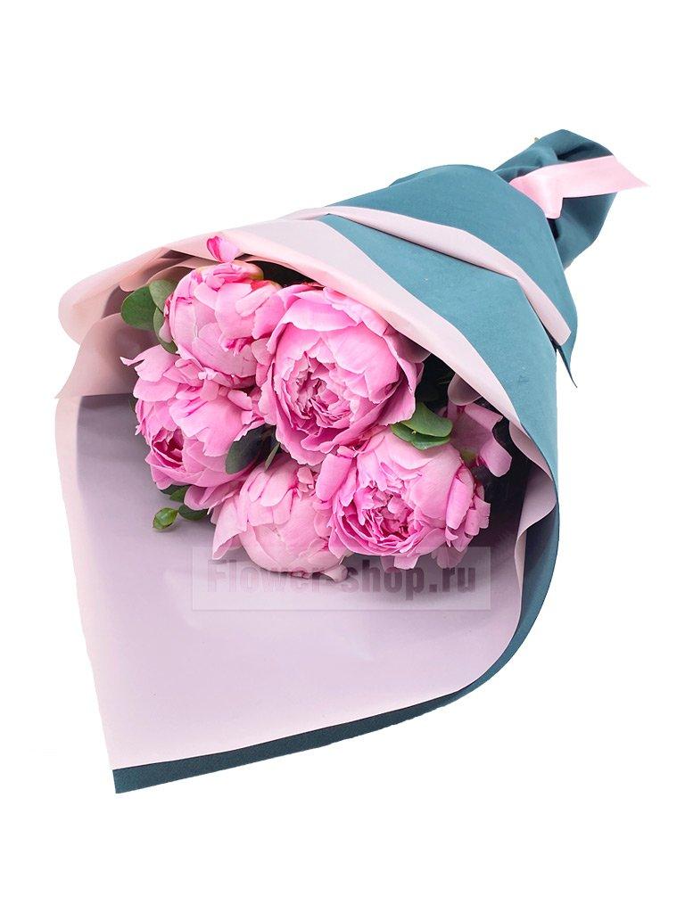 Букет из 5 розовых пионов - купить сегодня по цене 3190 руб. с бесплатной доставкой в Москве