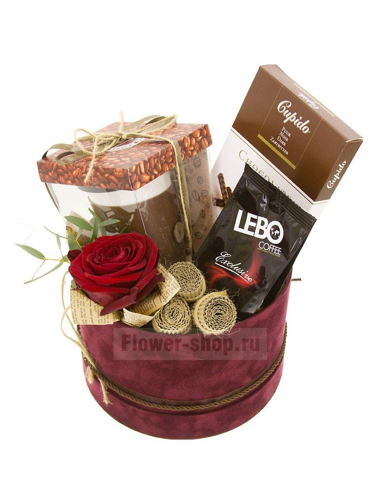 Композиция из роз в шляпной коробке «Кофемания» - купить сегодня по цене 4250 руб. с бесплатной доставкой в Москве