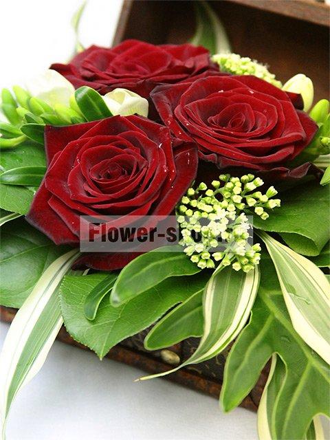 Доставка цветов спб-москва заказать живые цветы в омске