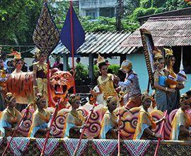 В Тайланде стартовал Фестиваль дарения лотосов