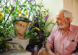 Жители деревни Ларлинг рассказали свою историю в цветах