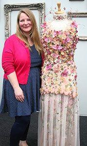 Цветочное платье Лайзы Фаулер отбросило конкурентов на последние места!